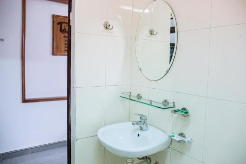 JASMINI MINI HOTEL, Huế