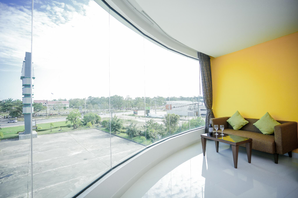 The One Hotel, Bung Kan