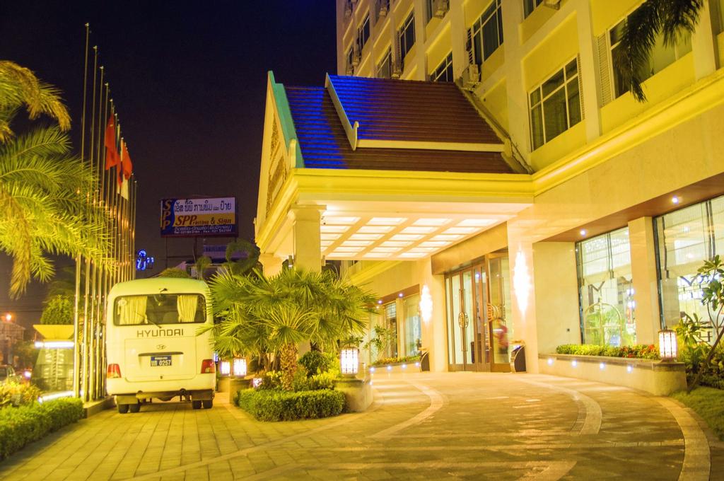 Grand Szechuan Hotel Vientiane, Sikhottabong