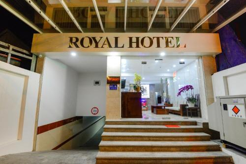 Royal Hotel, Quận 2