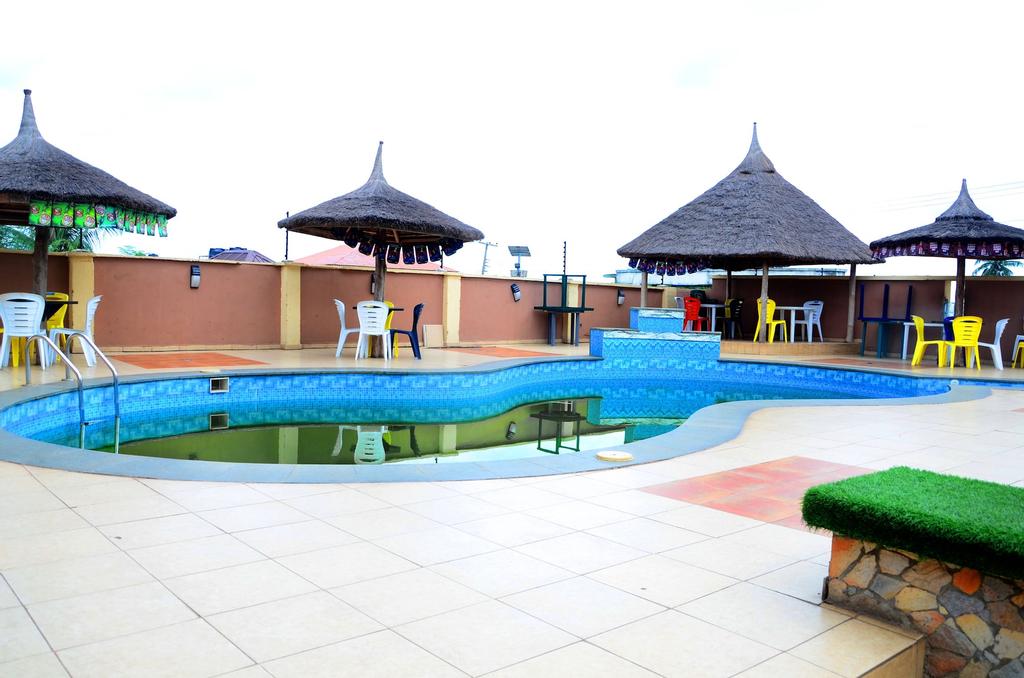 GROOVY HOTEL, Akure North