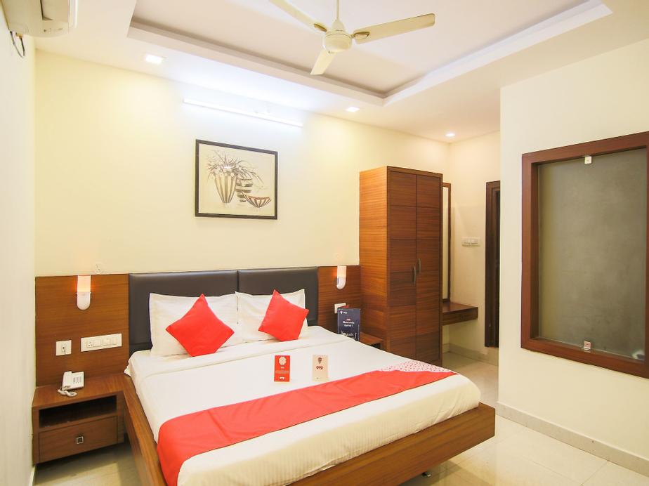 OYO 7585 The Stay Inn, Visakhapatnam