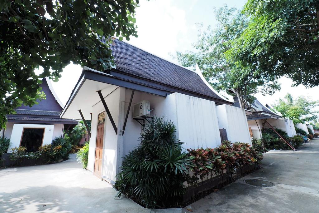 Sweet Inn Resort Hotel, Bang Pahan