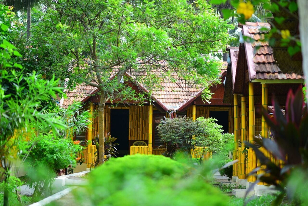 Savithri Inn, Thiruvananthapuram