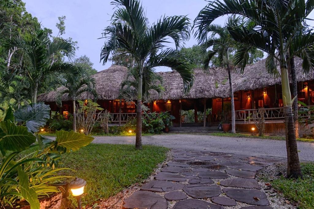 Chan Chich Lodge,
