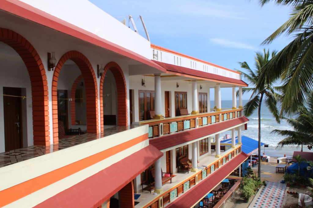 Hotel Sea View Palace - The Beach Hotel, Kovalam, Thiruvananthapuram