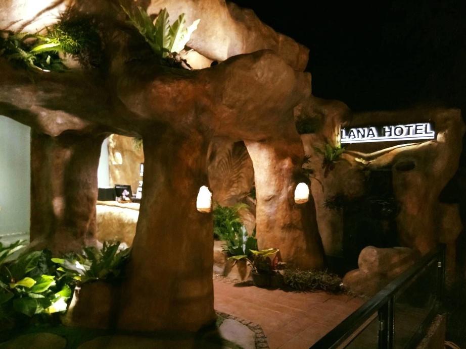 Lana Hotel, Hang Dong