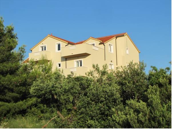 Villa Ankora, Supetar