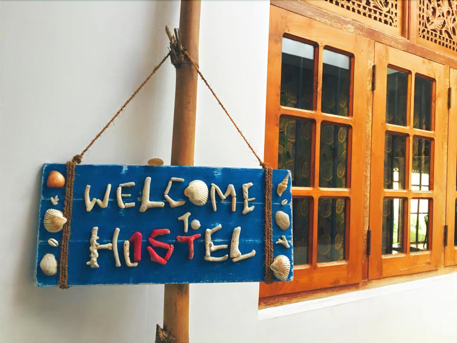 Hostel First Colombo Airport, Katana