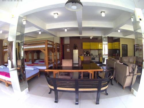 Semesta Inn, Bandung