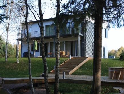 Villa Saskia, Puhajarve