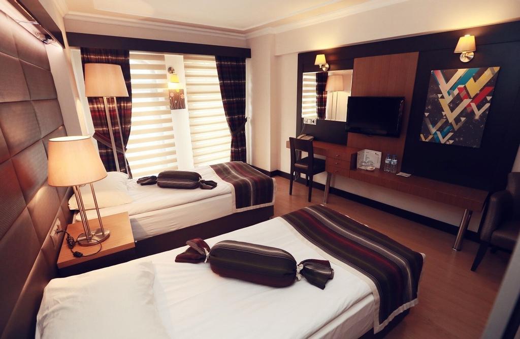 Damcilar Hotel, Merkez