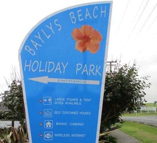 Baylys Beach Holiday Park, Kaipara