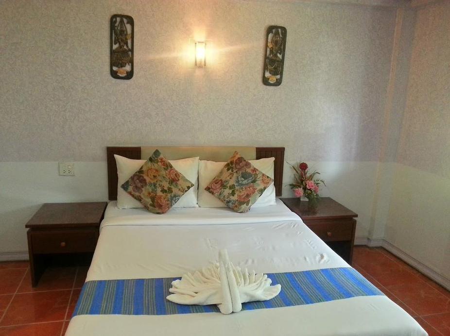 Holiday Hotel, Muang Phatthalung