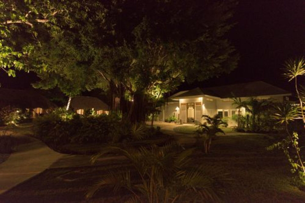 Moorea Beach Lodge,