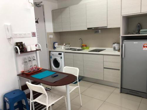 I-City I-Soho Chamey Homestay Condo, Shah Alam, Kuala Lumpur