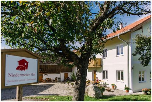 Gastehaus Niedermeierhof, Ebersberg