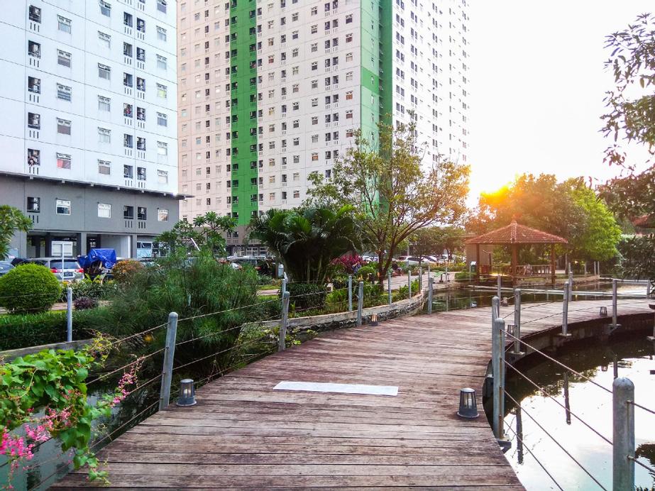 Simply Cozy 2BR Green Pramuka Apartment By Travelio, Jakarta Pusat