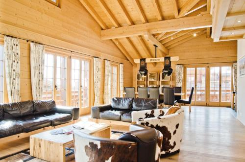Chalet Princess by GriwaRent, Interlaken