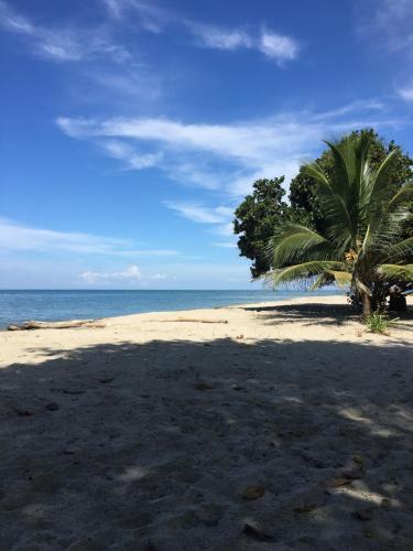 Refugio del Caiman Cabana Covenas, Tolú