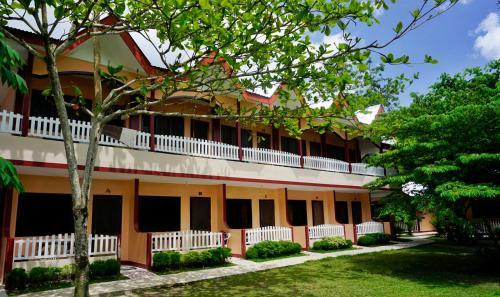 JBR Tourist Inn, San Vicente