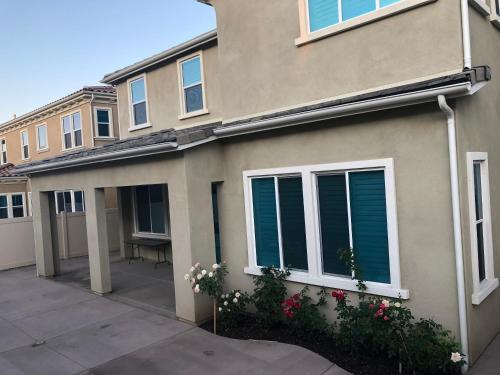 ruyiju, San Bernardino