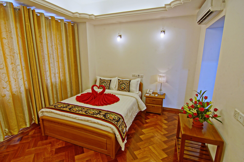 Hotel 76, Mandalay
