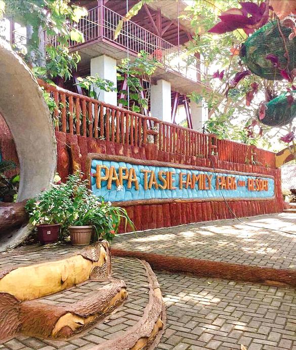 Papa Tasi Lake Side Hotel and Park, San Francisco
