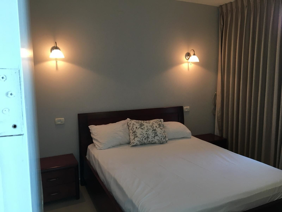 Carmel Apartments,