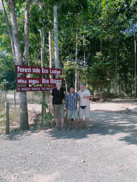 Forest Side eco lodge, Tân Phú