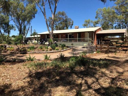 Echuca Retreat Holiday House, Campaspe - Echuca