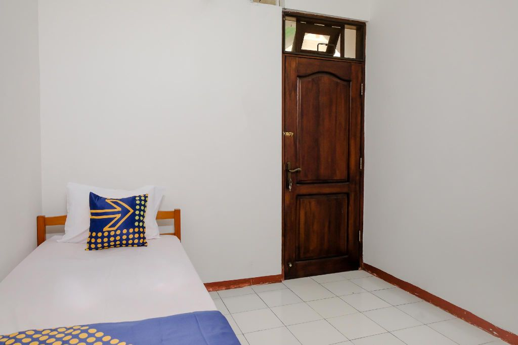 SPOT ON 2749 Tiga Sinar Residence, Malang