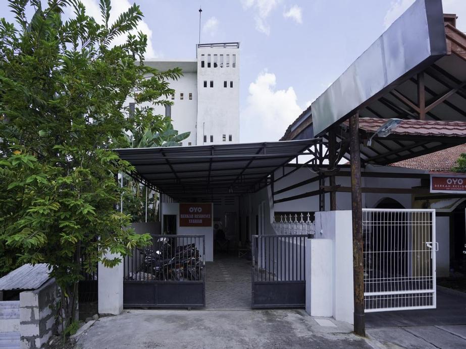 OYO 2479 Berkah Residence, Gresik