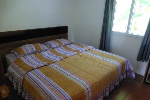 1 bedroom pool Villa Tropical fruit garden Fast Wifi Smart Tv, Phen