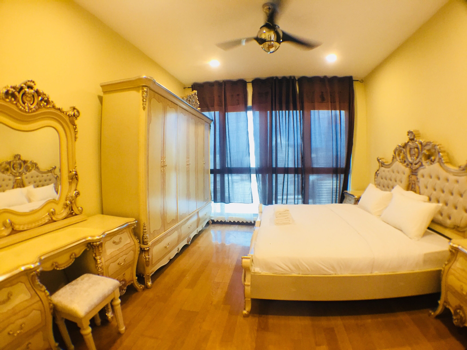 Regalia Suites & Residences by Peace Homes, Kuala Lumpur