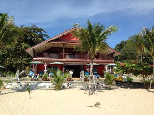 Sea Breeze House, Naiplao Beach, Khanom