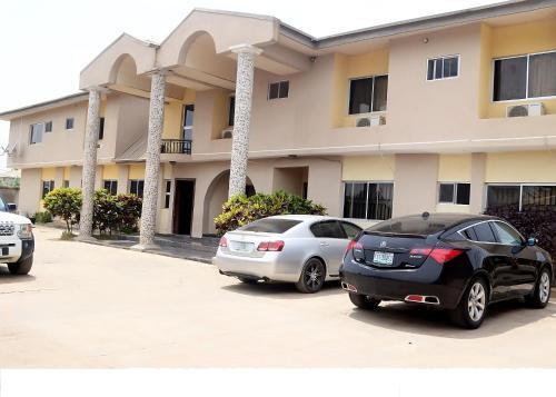 Flora Suites Exclusive, Osogbo
