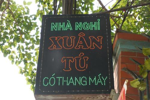 Nha Nghi Xuan Tu, Long Biên
