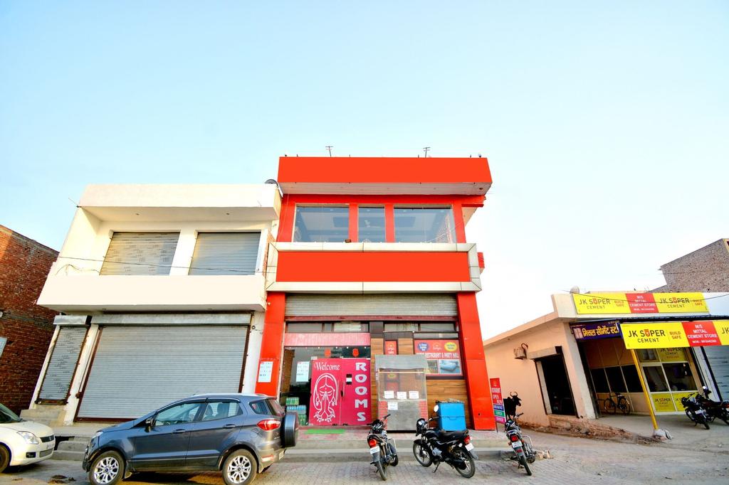 OYO 42945 Surya Hotel, Karnal