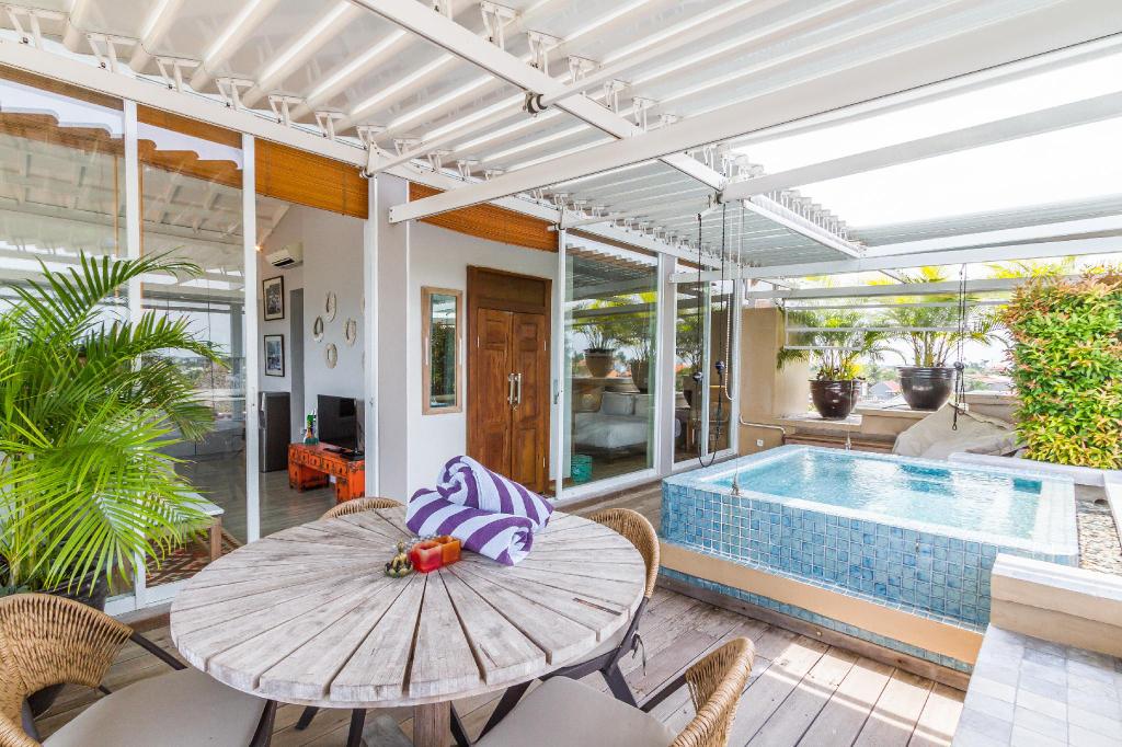 1BR Sandikala Penthouse Villa with Amazing View, Badung