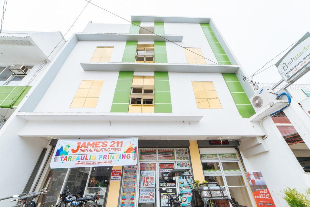 RedDoorz @ Plaridel Street Roxas City, Roxas City