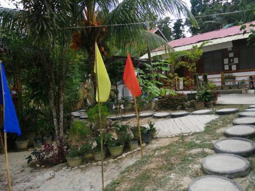 MiL's Hillside Tourist Inn, San Vicente