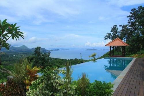 Villa Domanik, Manggarai Barat