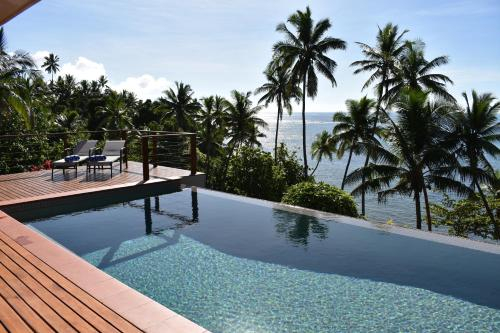 Island Breeze Fiji, Cakaudrove