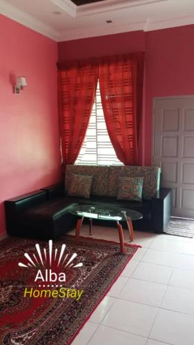 Alba HomeStay, Baling