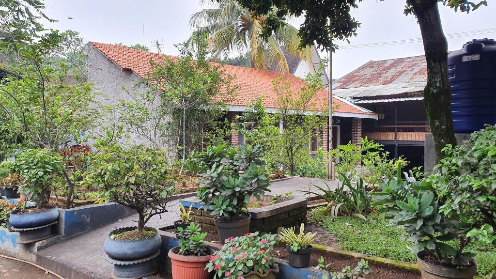 OYO 2302 Blue House Costel, Cianjur