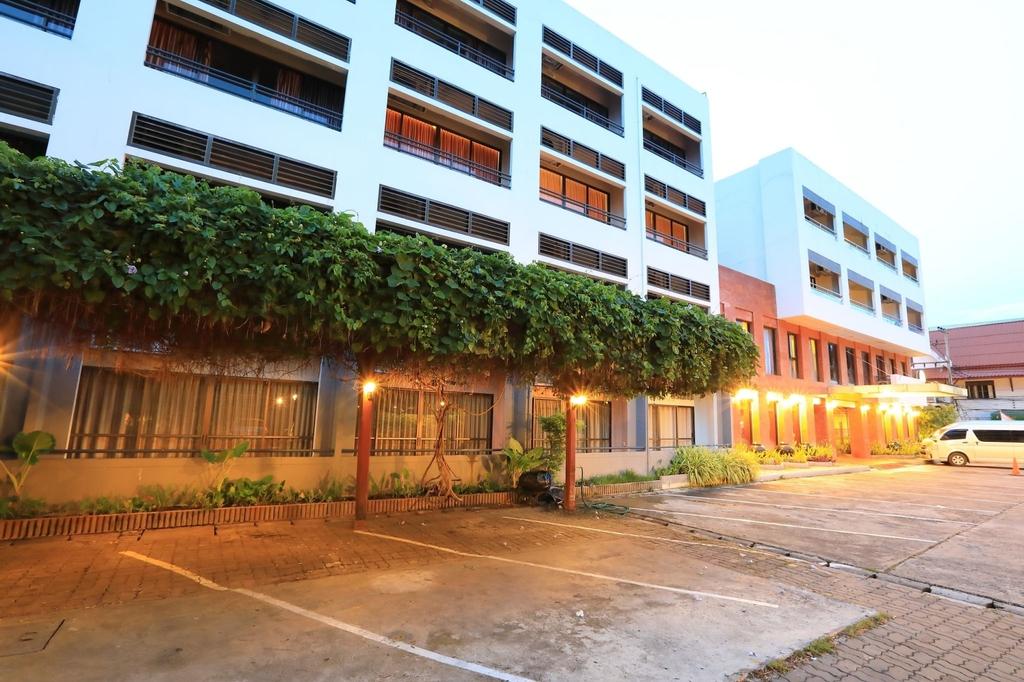 Pin Hotel, Muang Lampang