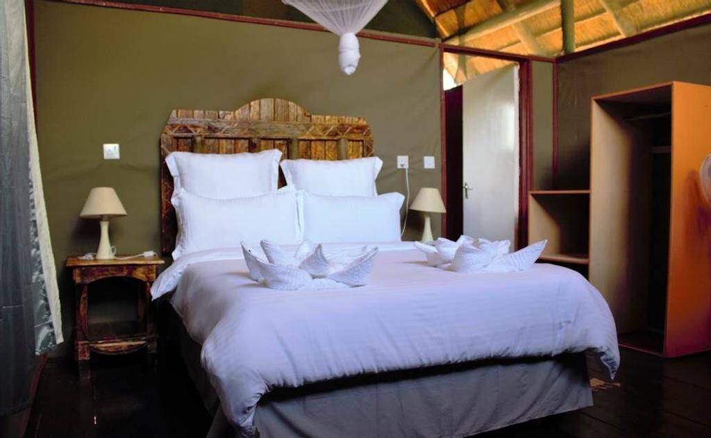 Lion Roars Lodge, Chobe