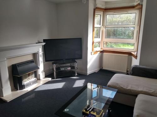 3 Bedroom Flat Bearsden close to West Highland Way, East Dunbartonshire