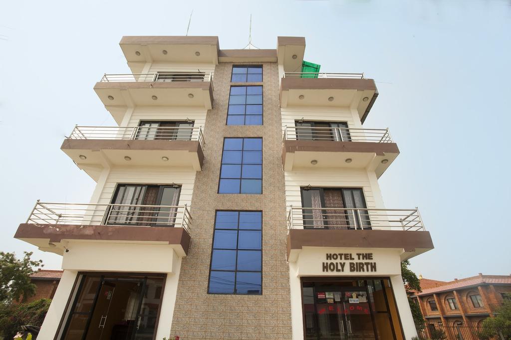 OYO 493 Hotel The Holy Birth, Lumbini